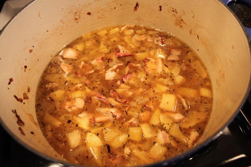 Americas Rest Kitchen Garlic Press